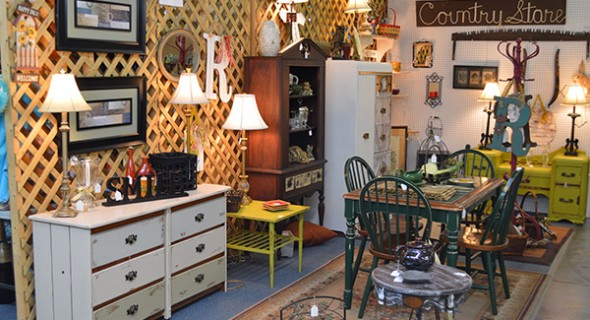aDSC 0074 resized Antique Malls, Antique Stores,